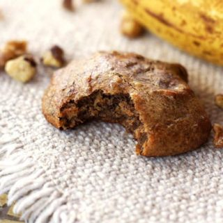 Vegan Banana Walnut Bread Cookies
