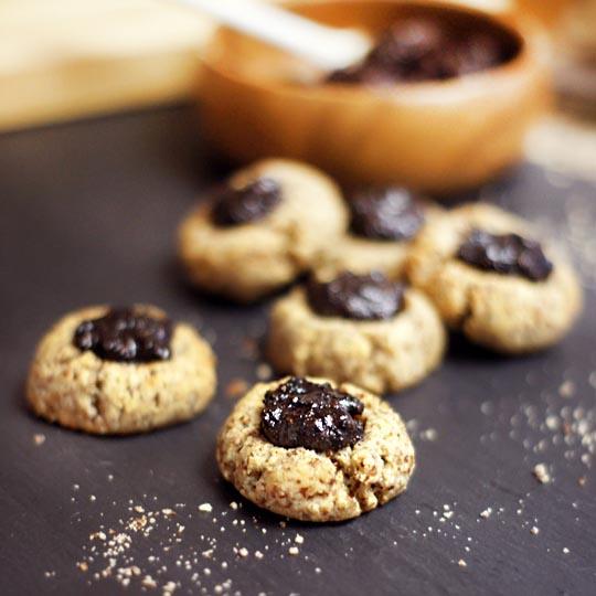 Almond Thumbprint Cookies with Cherry Jam (Grain-Free, Vegan ...