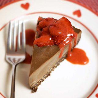 Raw Chocolate Cheesecake (Dairy-free, Grain-free)