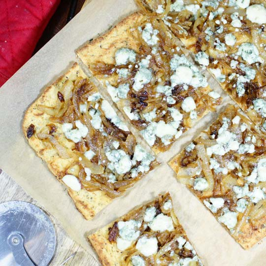 Pizza With Caramelized Onions, Gorgonzola And Pecans ...