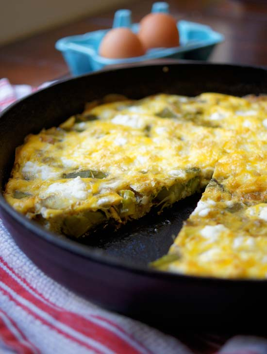 Asparagus, Leek, and Goat Cheese Frittata | Detoxinista