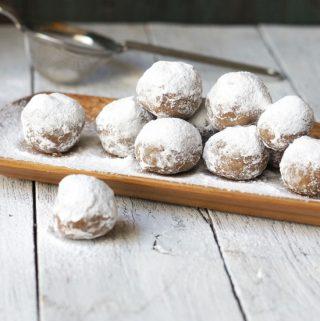 No-Bake Pecan Snowballs (Paleo, Vegan)