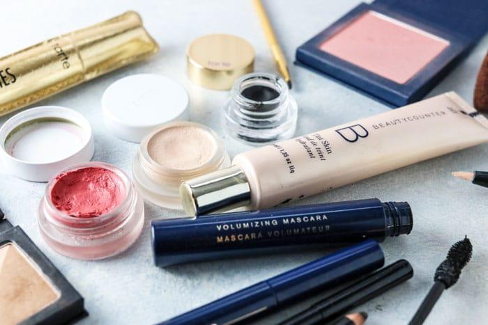 Non toxic eye makeup remover