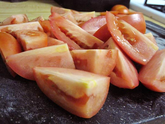chopped pale tomatoes