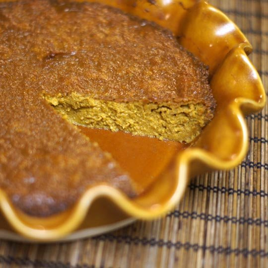 vegan pumpkin pie in a pie dish