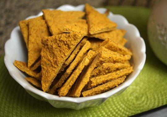 bowl of Vegan Nacho Cheez-Its