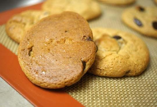 golden brown cookie bottoms