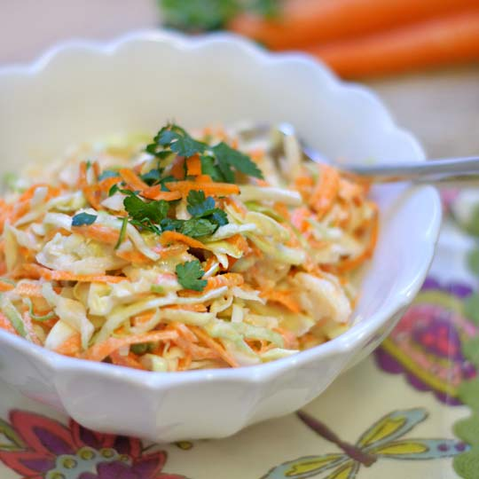 bowl of creamy coleslaw
