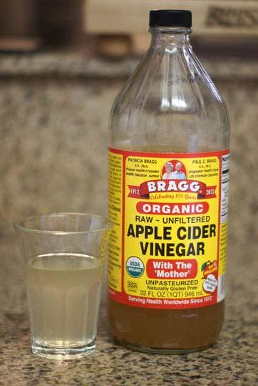 jar of apple cider vinegar