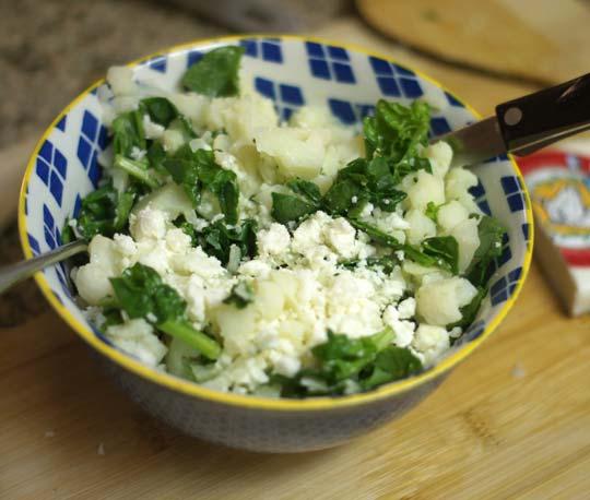 steamed cauliflower in a bowl