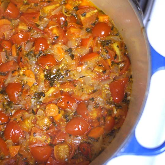 homemade marinara in a pot