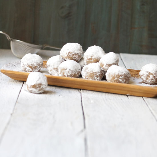 no-bake pecan snowballs