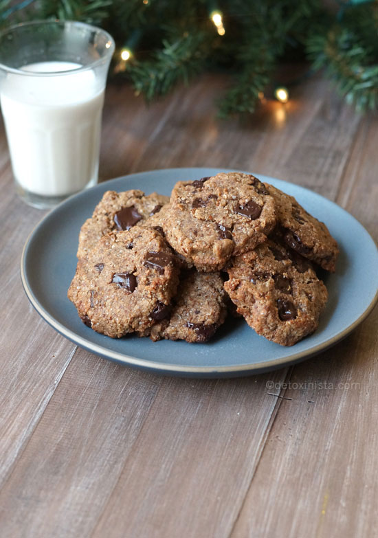baked cookies from cookie in a jar on a plate