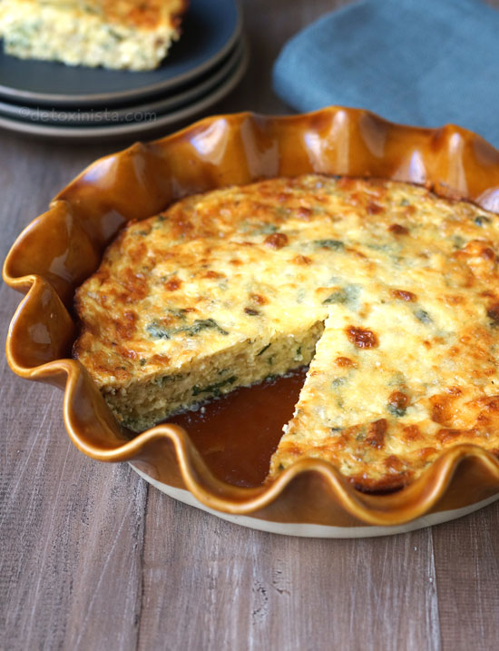 crustless quiche in a pie dish