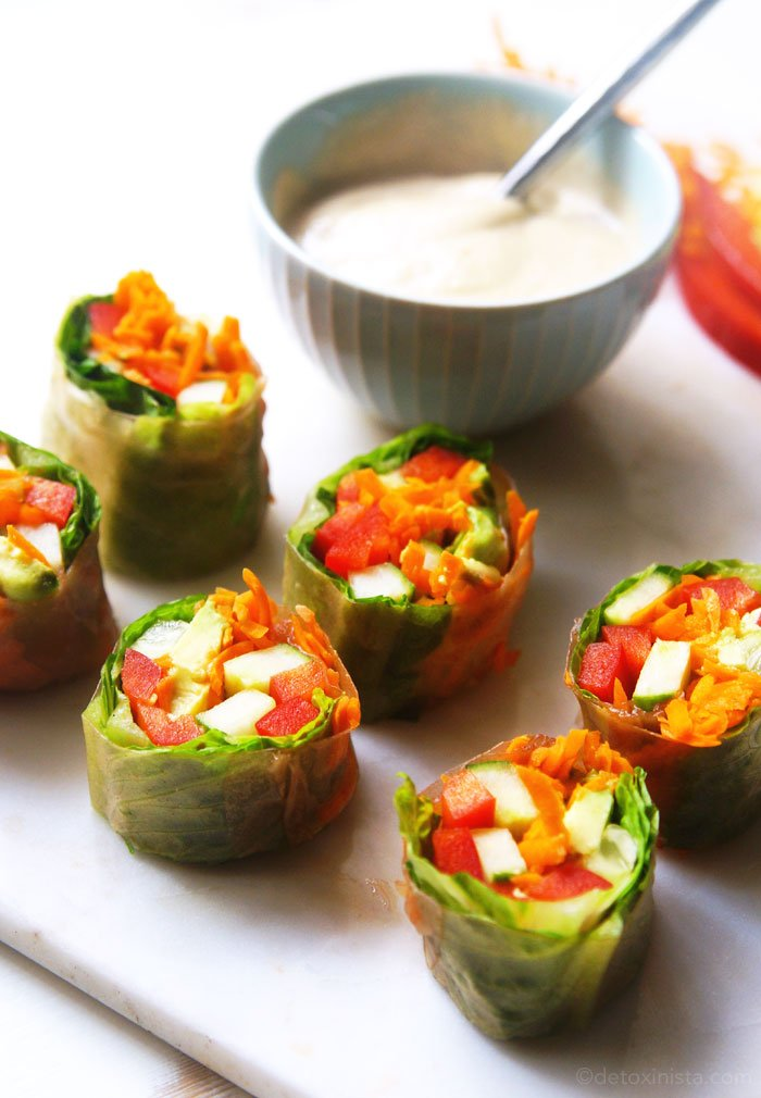 garden vegetable salad rolls with dipping sauce