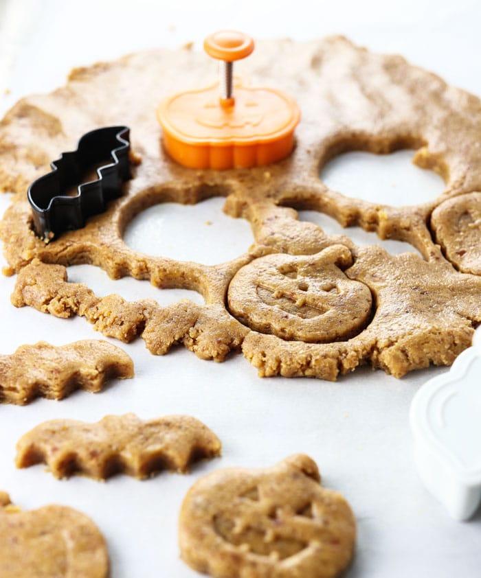 healthy peanut butter pumpkins for halloween