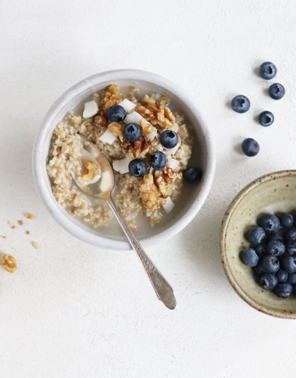 instant pot steel cut oats with blueberries