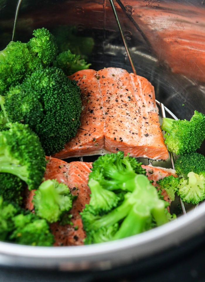 salmon and broccoli in the Instant Pot