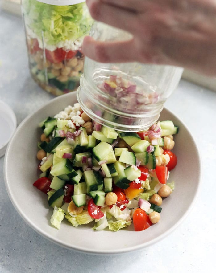how to eat mason jar salad