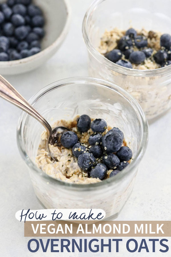 Vegan Overnight Oats are an EASY make-ahead breakfast, made with dairy-free almond milk. They are naturally gluten-free, and can be made up to 5 days in advance for a fast meal.  |  #glutenfree #dairyfree #vegan #makeahead #breakfast #overnightoats #oatmeal