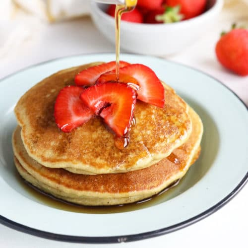 oatmeal pancakes with maple syrup