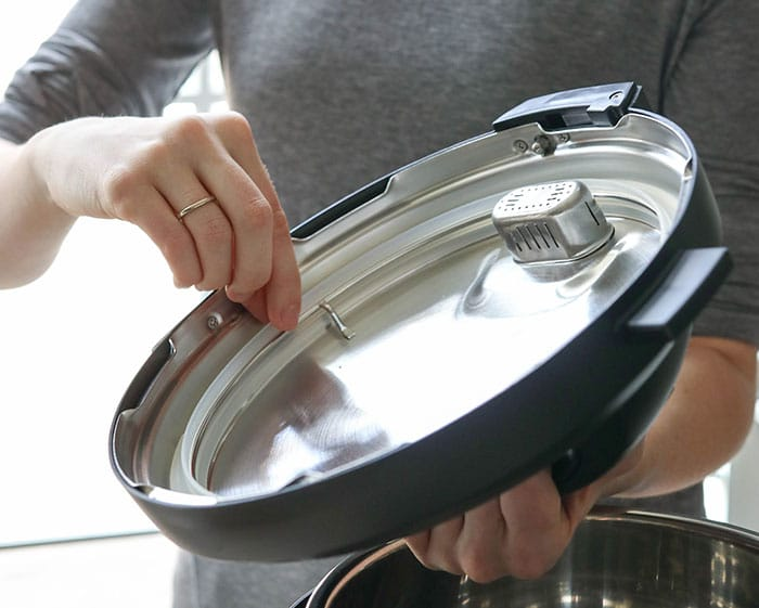 checking sealing ring in Instant Pot lid