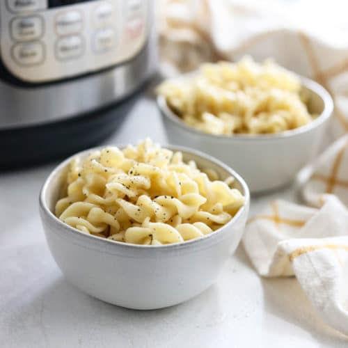 instant pot pasta in 2 bowls