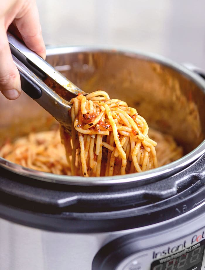 instant pot spaghetti with tongs
