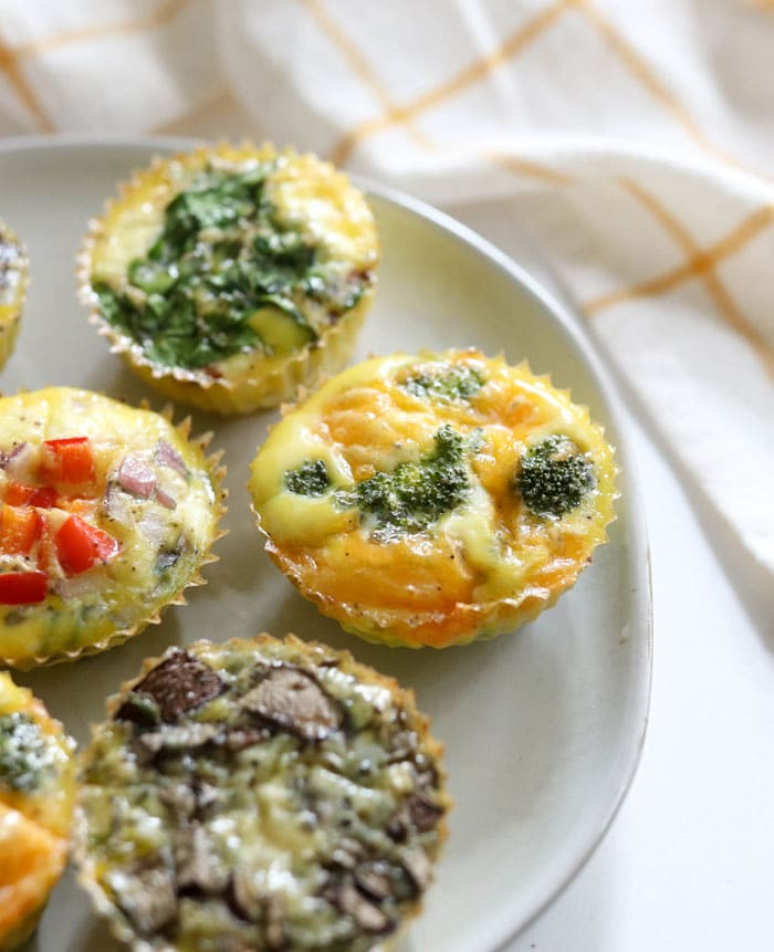 egg muffin with broccoli and cheddar