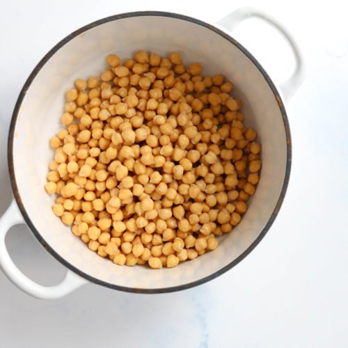 chickpeas in white pot