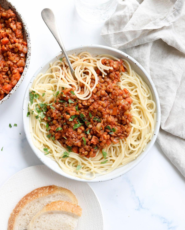 Easy Lentil Bolognese (Vegan!)