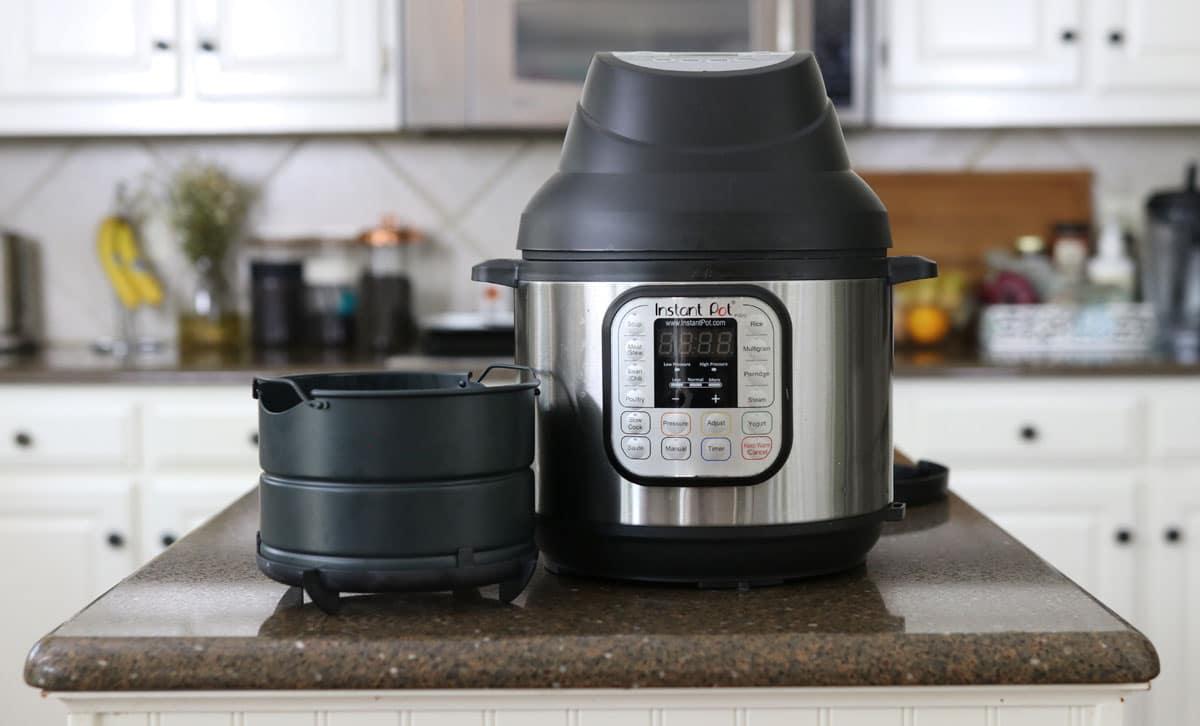 instant pot air fryer lid on the Instant Pot