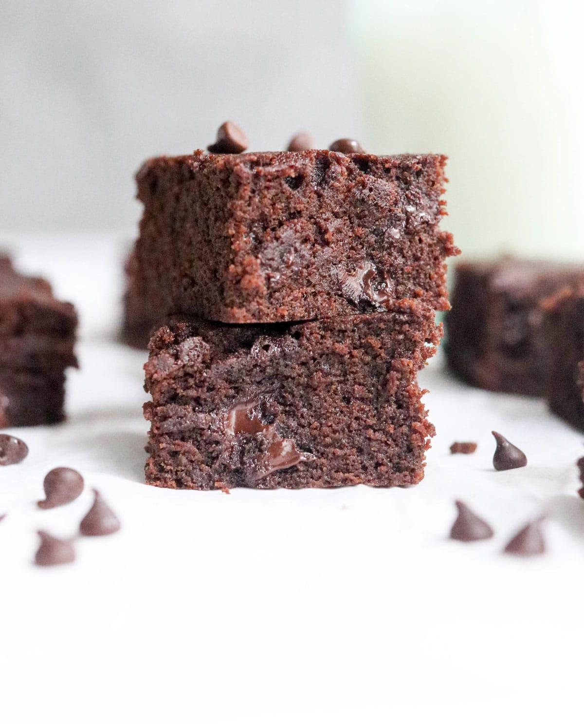 Coconut Flour Brownies Rich Fudgy Detoxinista