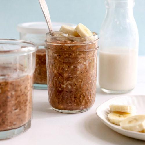 chocolate overnight oats in jar
